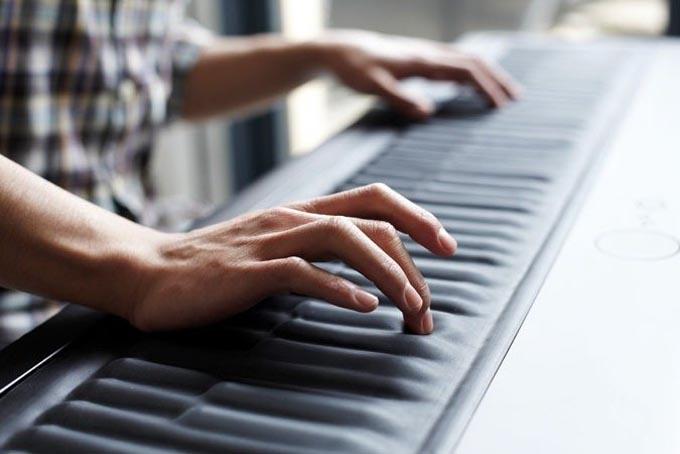 Как играть на синтезаторе с нуля
