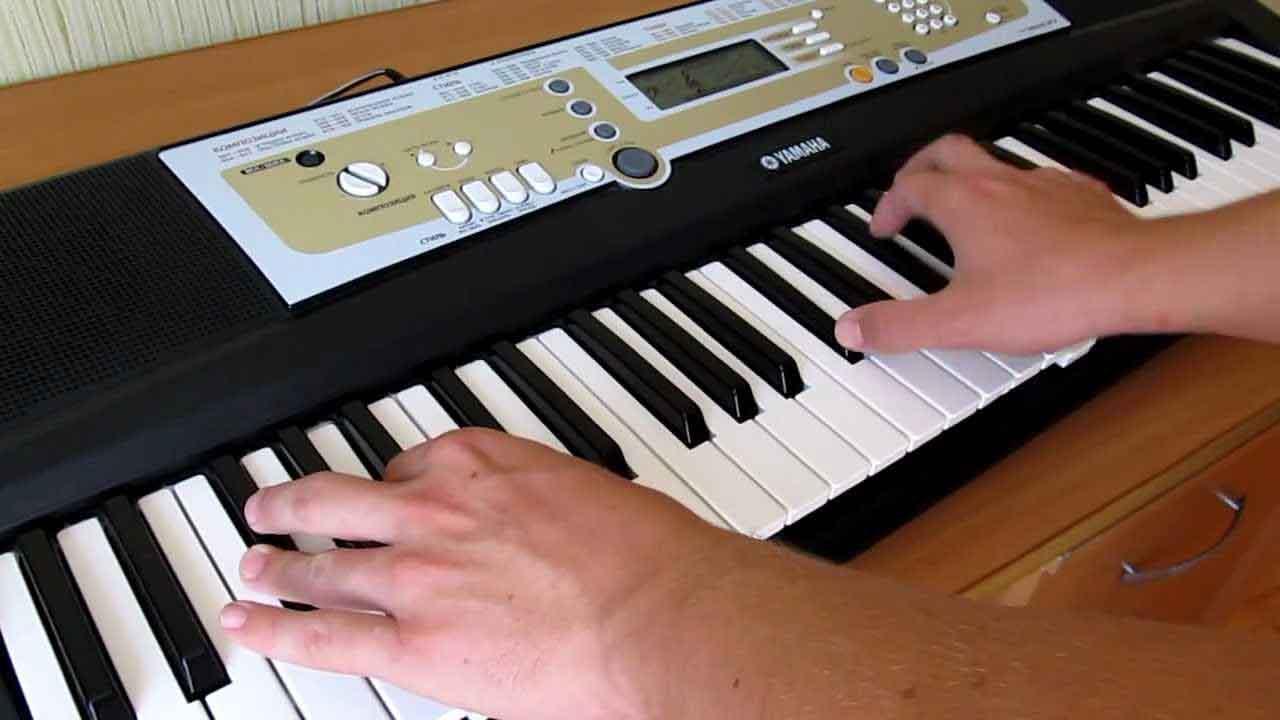 Как выбрать синтезатор для обучения на фортепиано ребенку